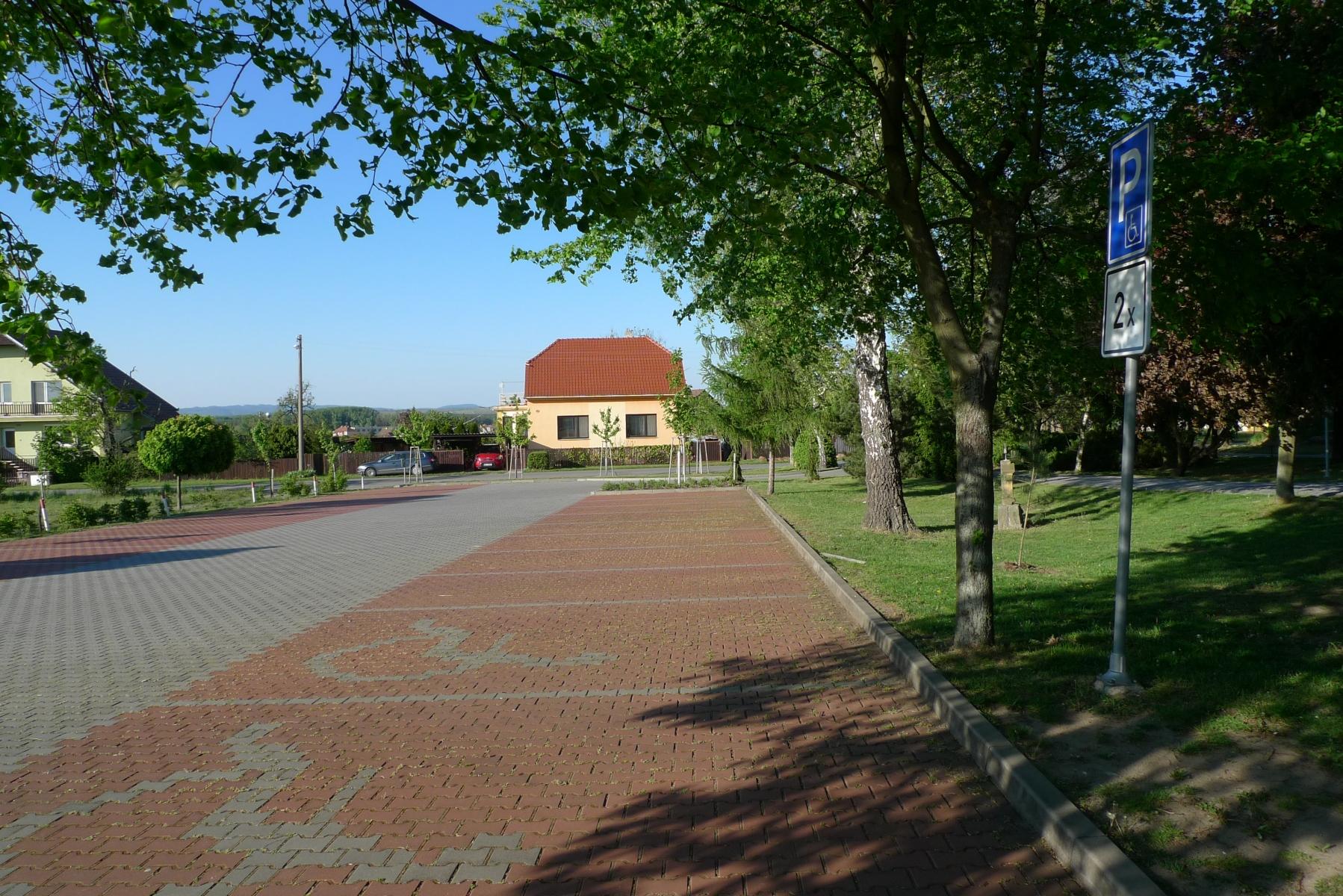 Kostel-a-okolí-16