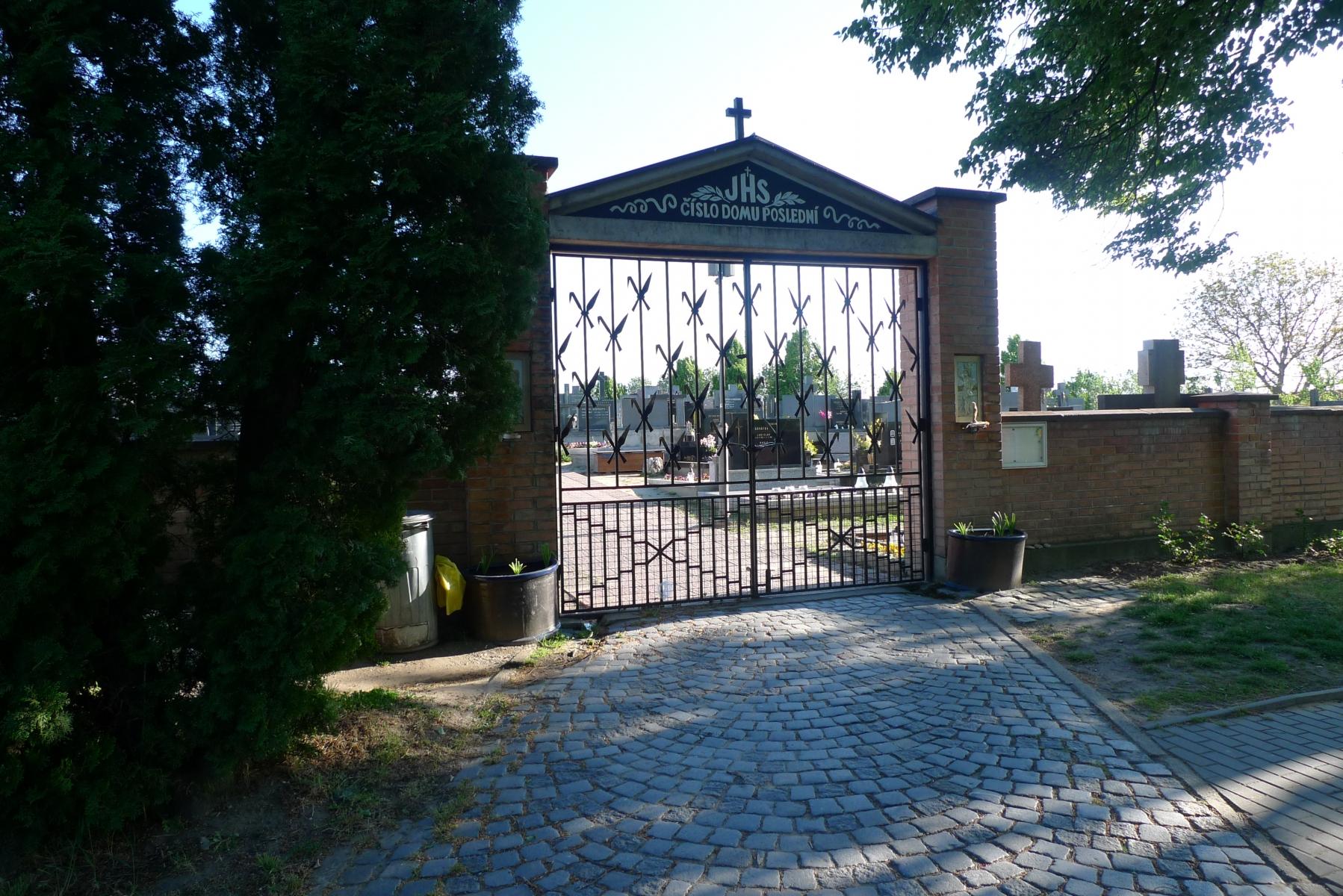 Kostel-a-okolí-18