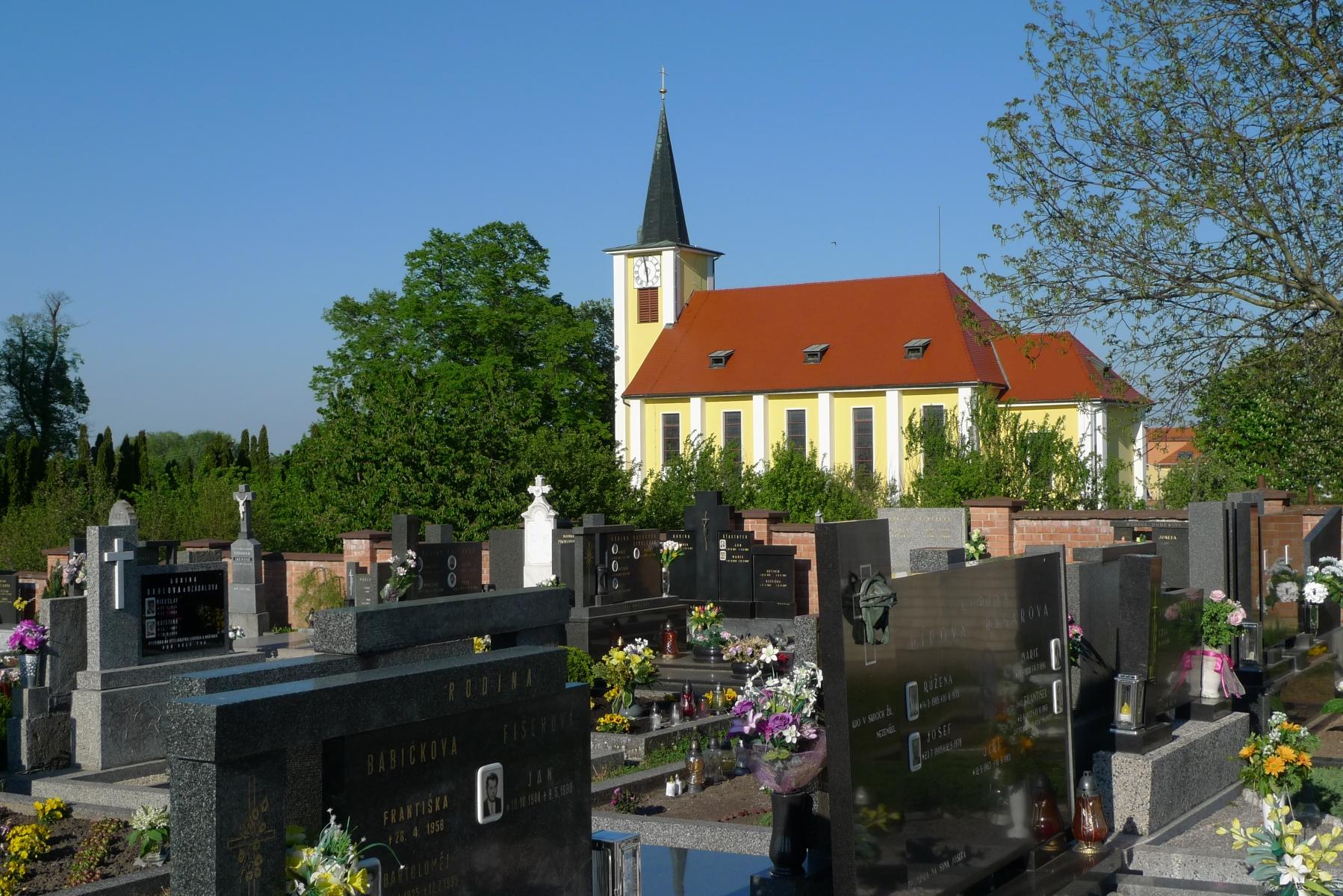 Kostel-a-okolí-21