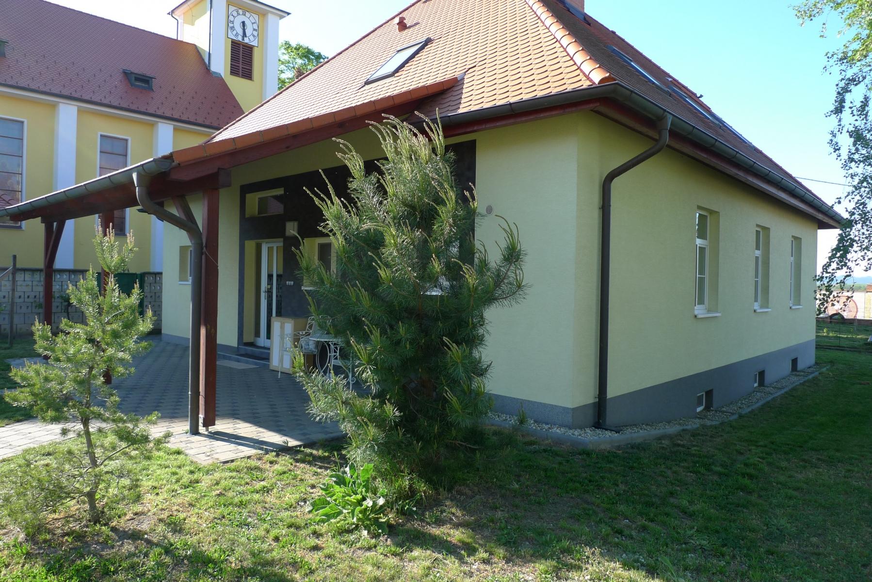 Kostel-a-okolí-43