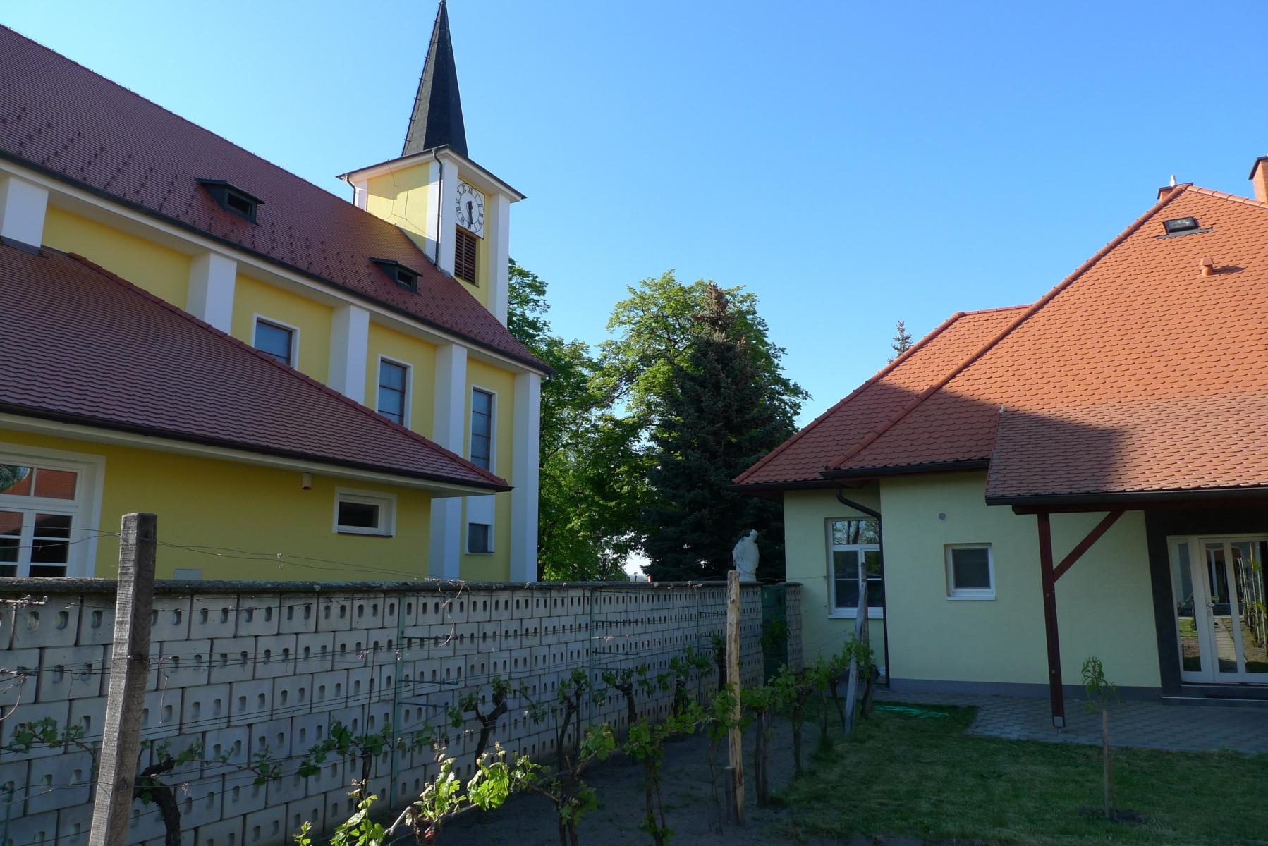 Kostel-a-okolí-44