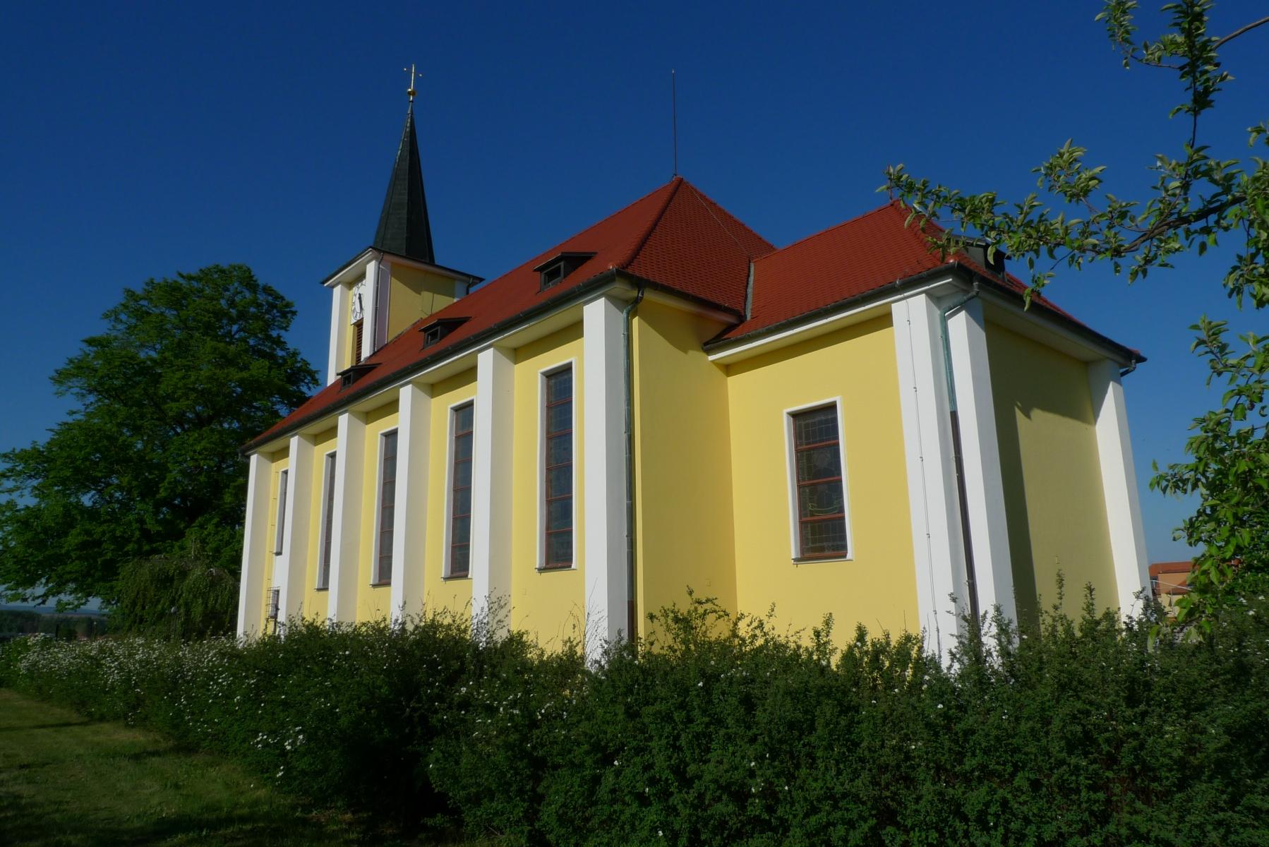 Kostel-a-okolí-56